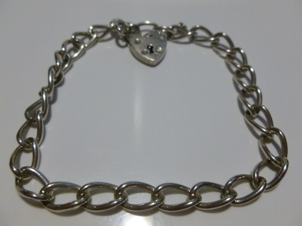 Love how vintage heart bracelet