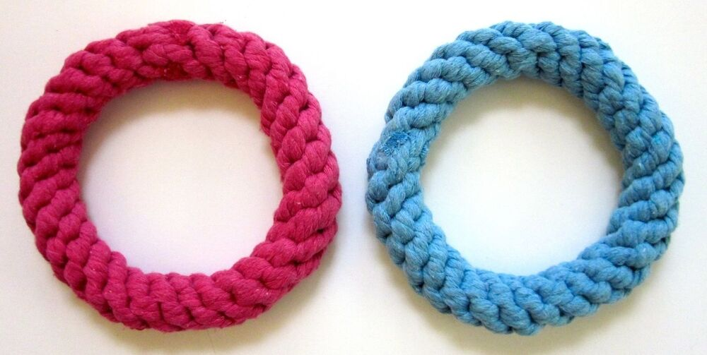 Ring Shaped Soft Rope Toy For Tug Fetch Play Chew Pink