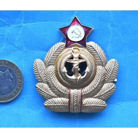 img-RUSSIAN NAVY OFFICERS FULL SIZED CAP BADGE WITH REAR PRONG FIXING (D).