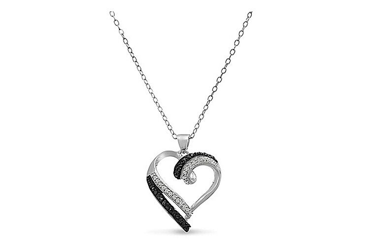 0 25 CTTW Sterling Silver Plated Black and White Diamond Heart Pendant Neckla