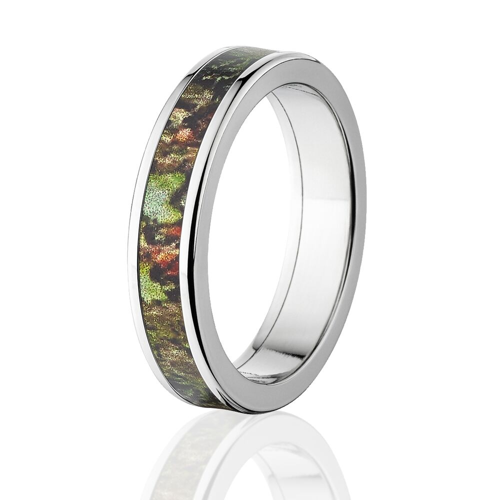 Camo rings mens camo wedding bands licensed mossy oak for Camoflauge wedding rings