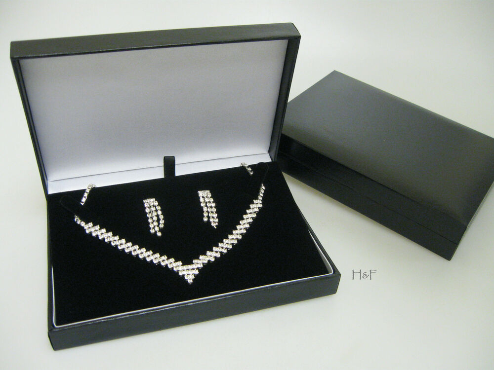 new luxury black leatherette necklace jewellery gift box. Black Bedroom Furniture Sets. Home Design Ideas