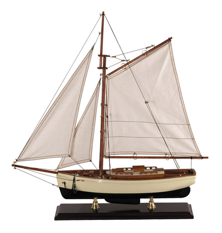 decorative 1930s classic yacht small wooden model sailboat