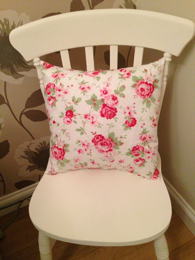cath kidston white rosali floral 18 cushion cover shabby chic ebay. Black Bedroom Furniture Sets. Home Design Ideas
