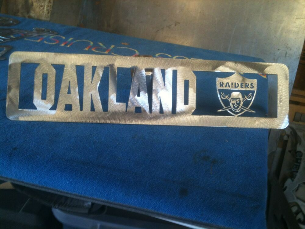 plasma cut oakland raiders plaque metal sign mancave wall decor ebay. Black Bedroom Furniture Sets. Home Design Ideas