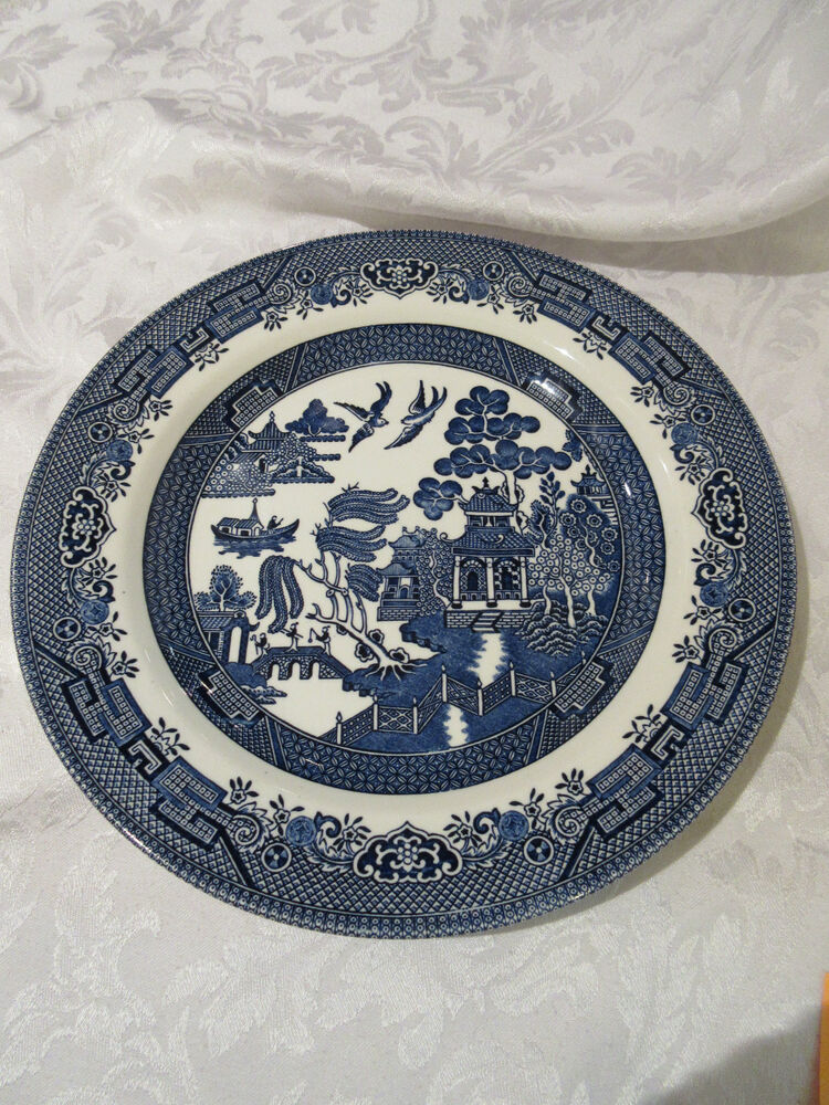 churchill china blue willow dinner plate made in staffordshire england 10 1 2 ebay. Black Bedroom Furniture Sets. Home Design Ideas