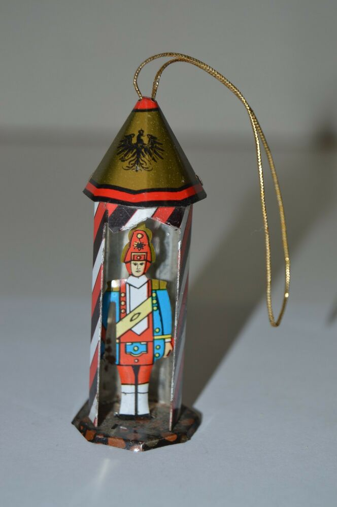 Wow nice vintage tin toy soldier guard christmas metal