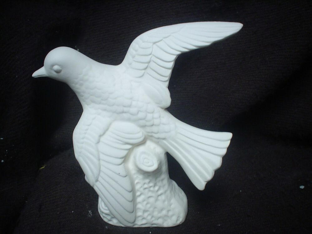 C516 ceramic bisque 5 1 2 bird with wings spread on for Ceramic based paint