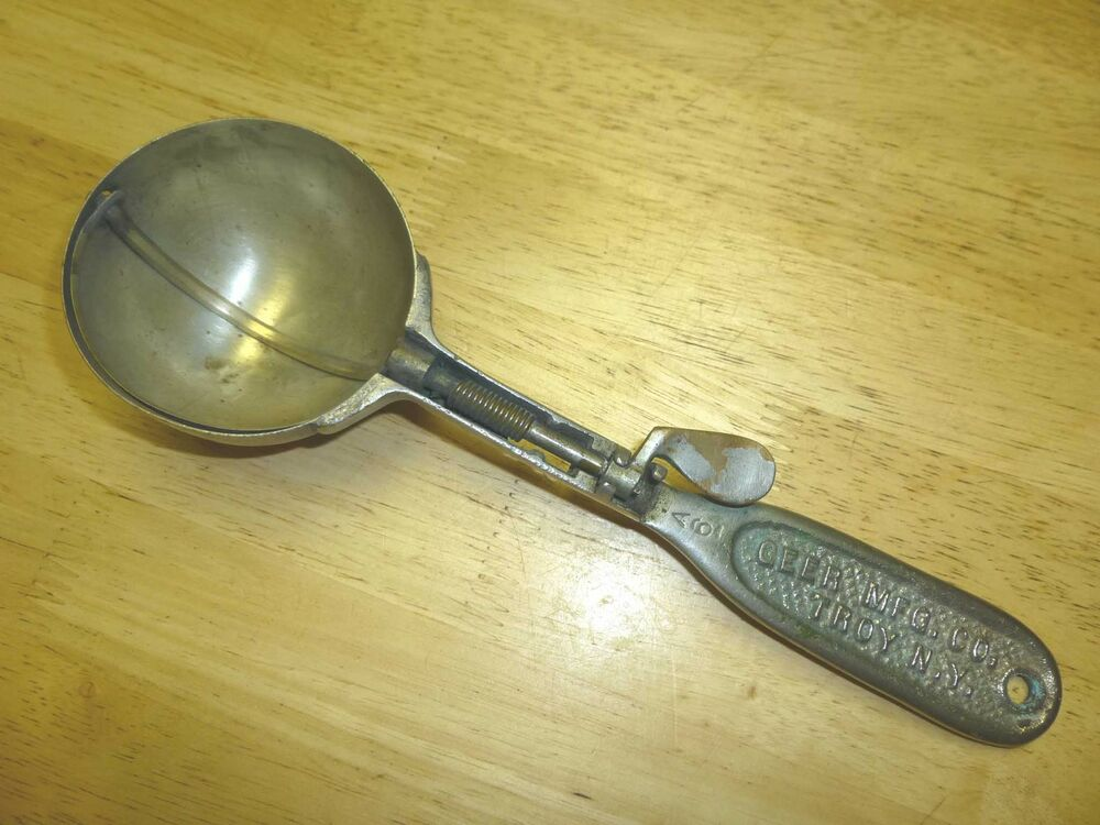 Clipper Disher 1905 Antique Ice Cream Scoop Geer Mfg Troy