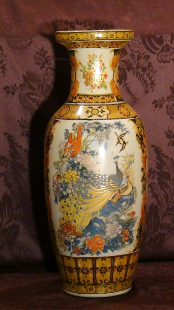 Antique Chinese Large Porcelain Hand Painted Medalions With Peacoks Amp Birds Vase Ebay