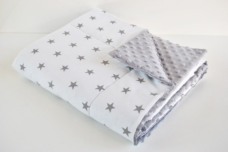 h d baby decke 75 x 50 minky pl sch sterne weiss grau kuscheldecke krabbeldecke ebay. Black Bedroom Furniture Sets. Home Design Ideas