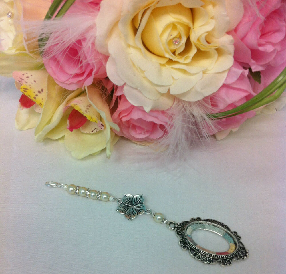Bridal Bouquet Locket Charm : Beautiful single or double ivory and white bridal bouquet