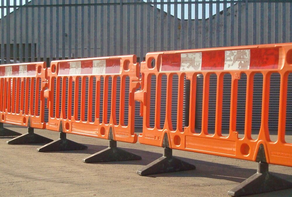 Heras avalon traffic road barrier chapter site temporary