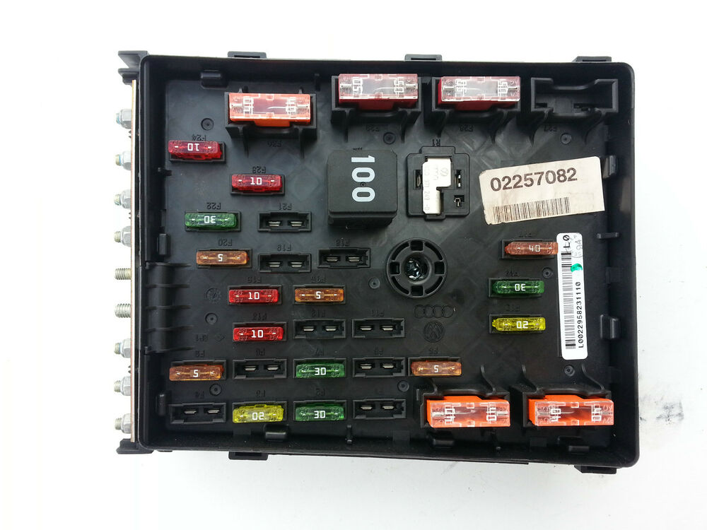 Components Of Fuse Box : Vw passat tdi bluemotion fuse box c ebay