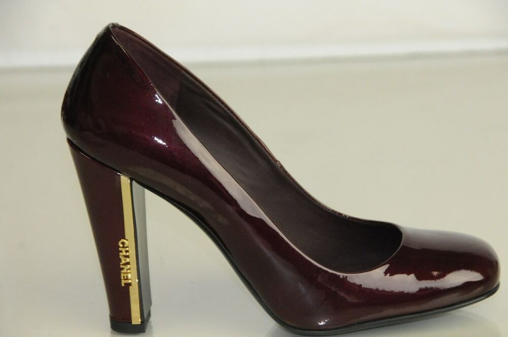 new chanel burgundy wine bordeaux patent leather chanel logo heels pumps shoes ebay. Black Bedroom Furniture Sets. Home Design Ideas