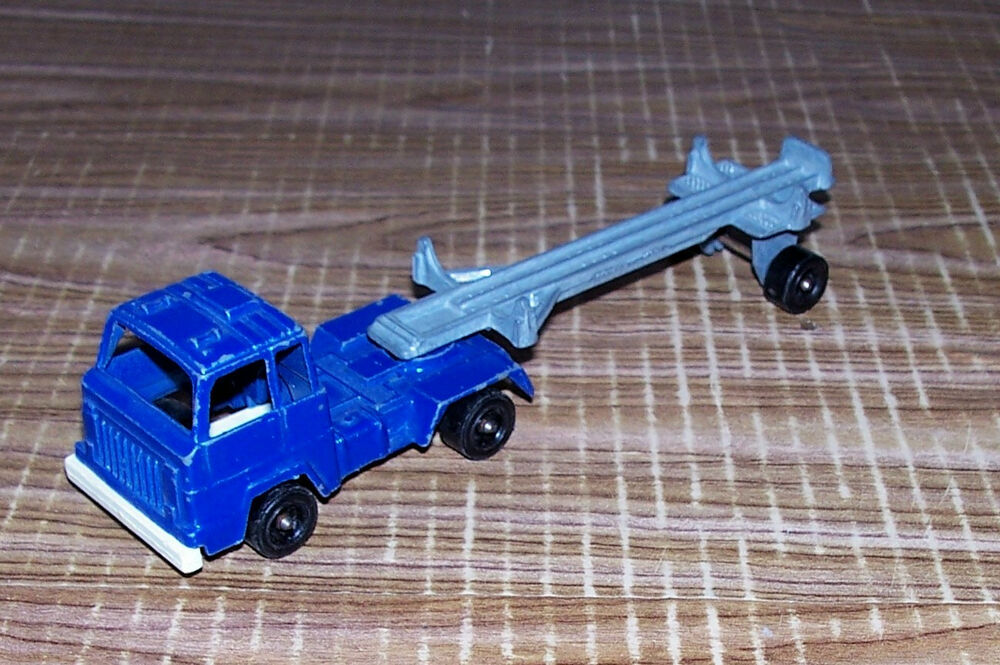 Semi Truck That S Also A Toy Car Holder : Tootsie toy diecast logging truck semi tractor trailer