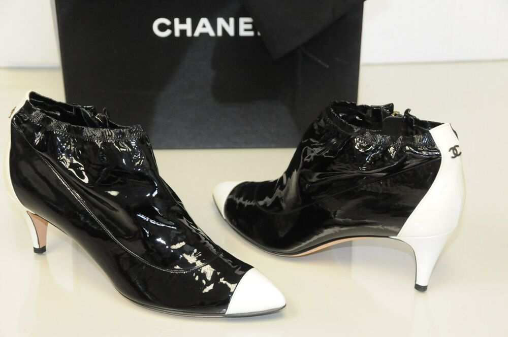1195 new chanel black leather cc logo ankle booties boots