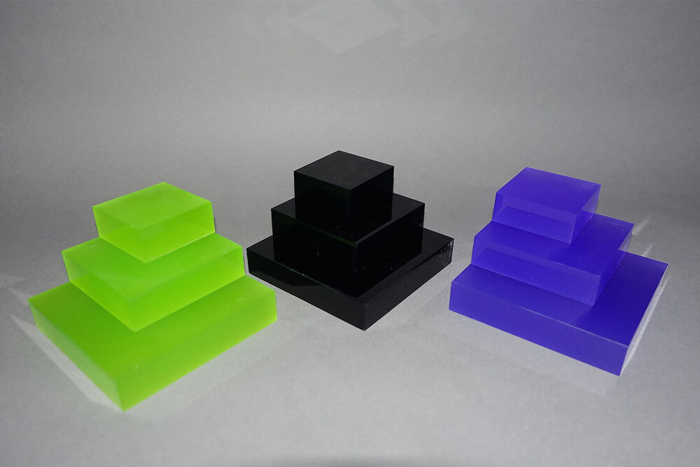 Set of 3 coloured acrylic display blocks retail for Plastic blocks for crafts
