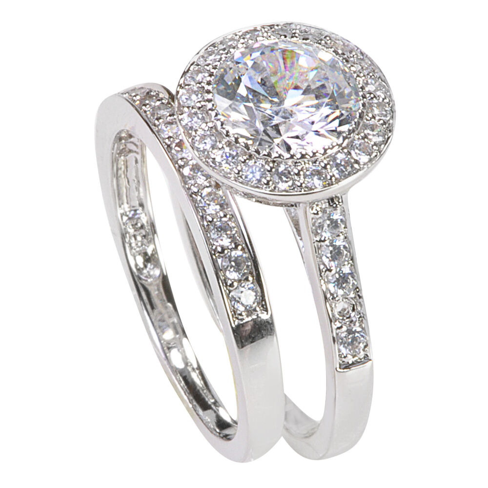 How to Buy a Cubic Zirconia Ring