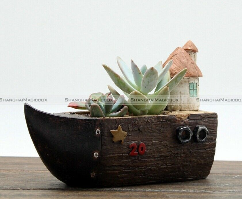 Resin wooden garden decor succulent plant pot truck car for Wooden garden ornaments and accessories