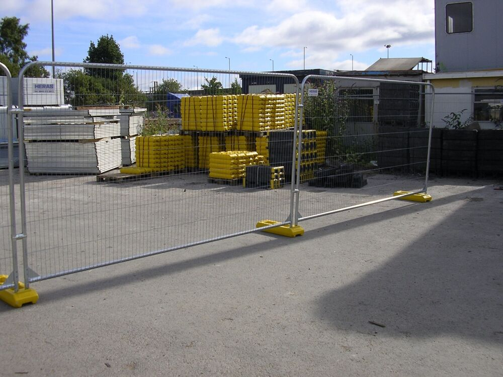 Heras temporary fencing round top panel only site security