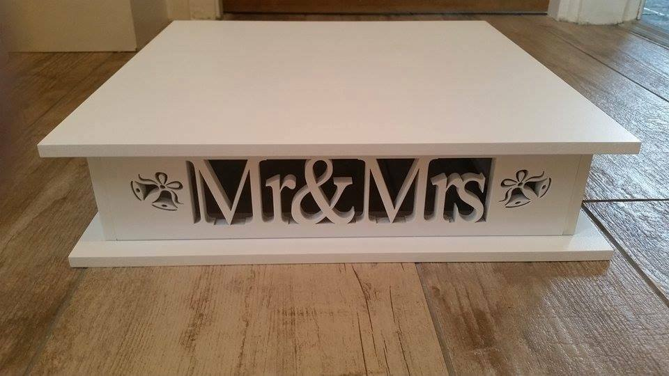 Cake Stand Wooden Mr Amp Mrs Square With Bells Ebay