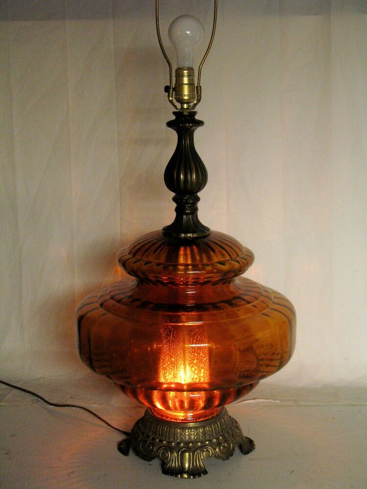 vintage 70s e f company brown blown glass globe brass patina table lamp 1973 ebay. Black Bedroom Furniture Sets. Home Design Ideas