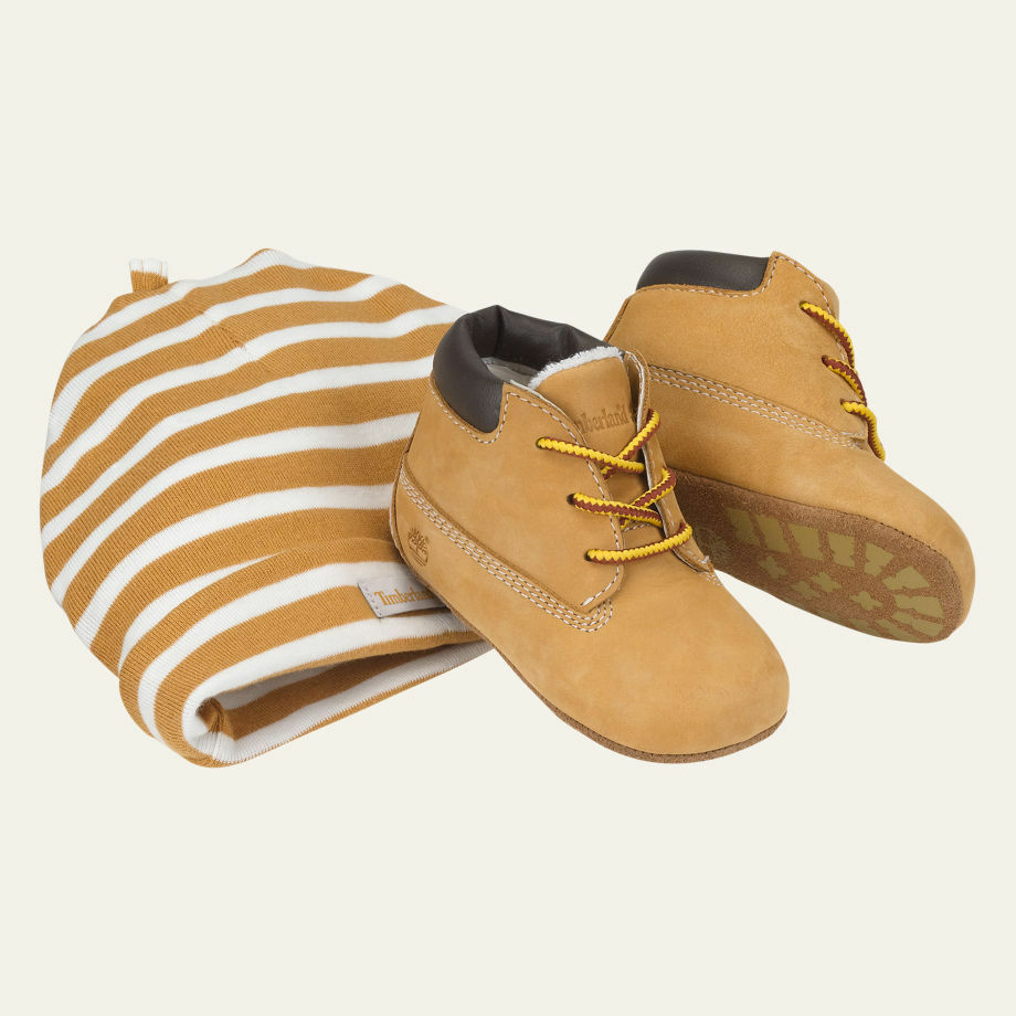Timberland Infant Crib Wheat Leather Baby Booties And Hat