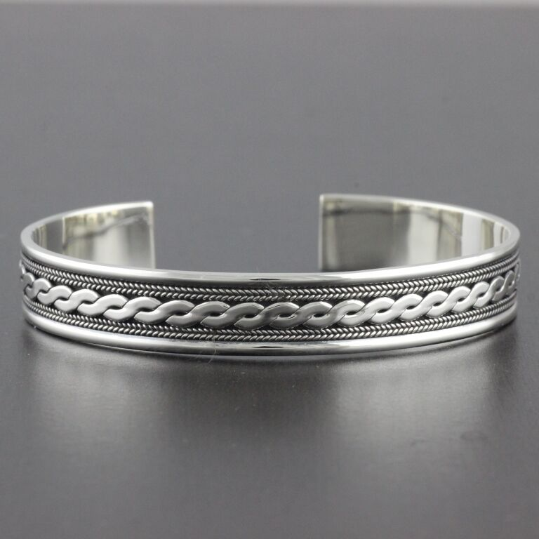 Wide Silver Bracelet: Womens 925 Sterling Silver Vintage Style Bali Bangle Cuff