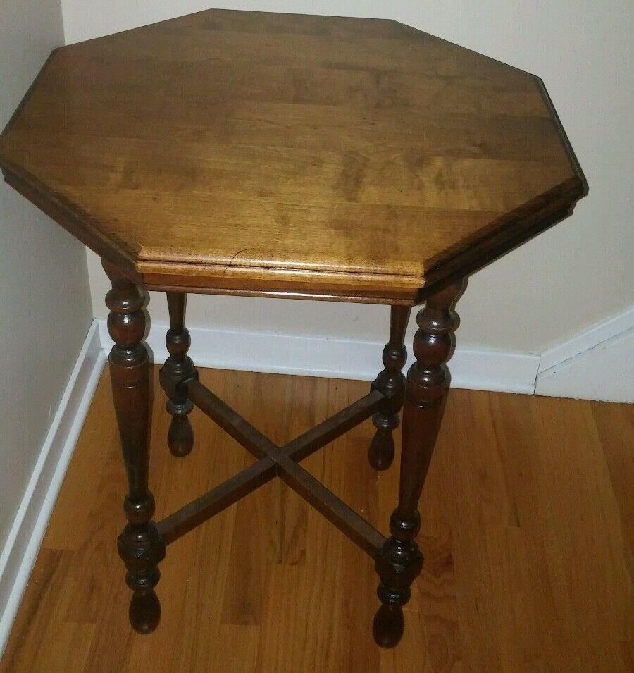 Vintage 1940s wood octagon side end table refinished local for Retro end tables