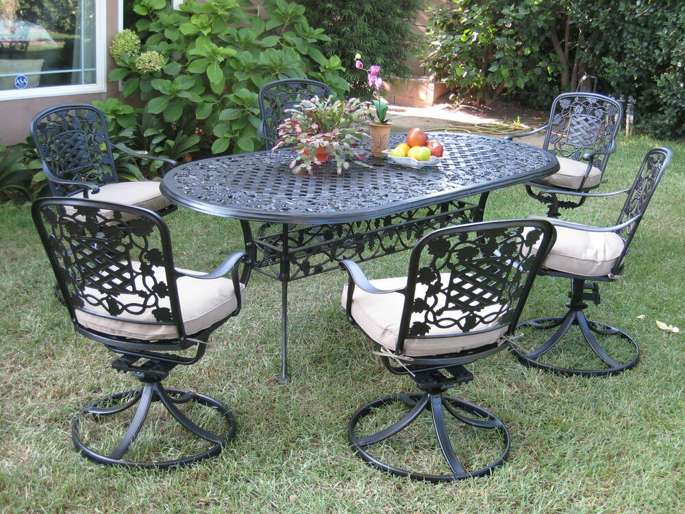 Outdoor patio furnitures solid cast aluminum dining set for Aluminum patio furniture