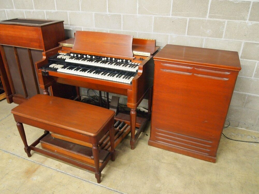 hammond b3 organ with leslie speaker one heck of an organ ebay. Black Bedroom Furniture Sets. Home Design Ideas