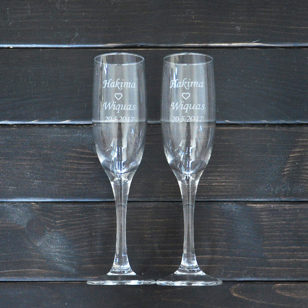 Wedding Gift Champagne Flutes: Personalized Toasting Glasses Set Of 2 Bride And Groom