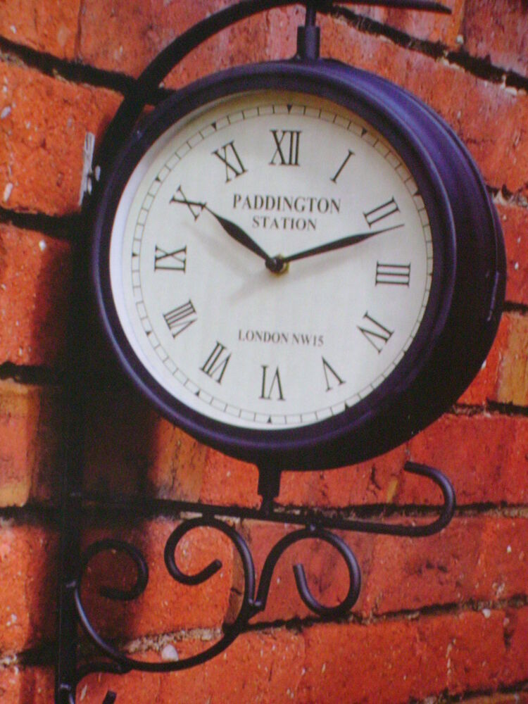 New wall vintage dual face outside garden wall station for Dual time wall clock