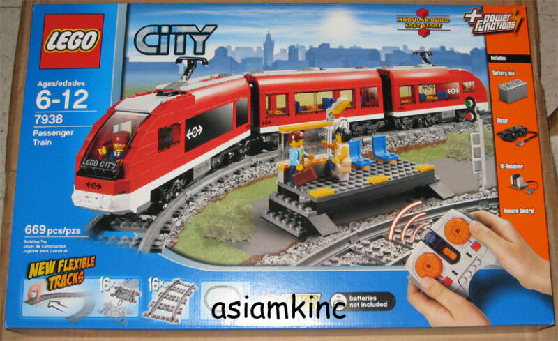 Lego City Passenger Train 7938 LEGO City Passenger Tr...
