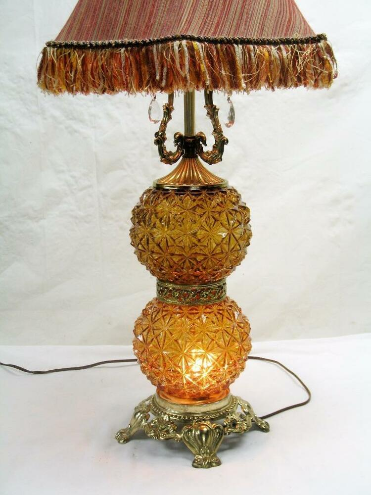 vtg 60s 70s amber brown double glass globe brass patina 3 way table lamp ebay. Black Bedroom Furniture Sets. Home Design Ideas