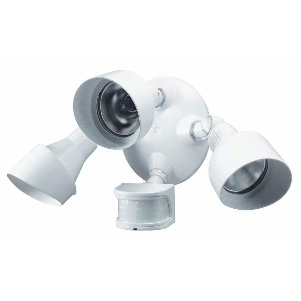 Heath Zenith 270 Degree 3 Head Motion Sensing Security