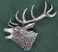 HIRSCH ANSTECKNADEL PIN A53 RED STAG HEAD