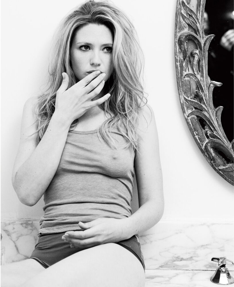 Anna Torv nue Esquire Photos blog