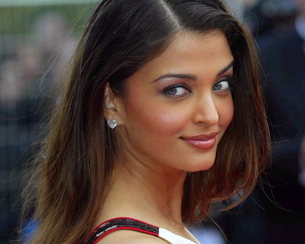 AISHWARYA RAI 8X10 PHOTO PICTURE PIC HOT SEXY CANDID 11