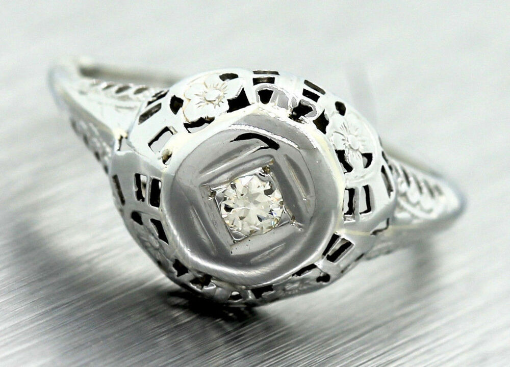 Ladies Antique Art Deco Filigree 18k White Gold Diamond