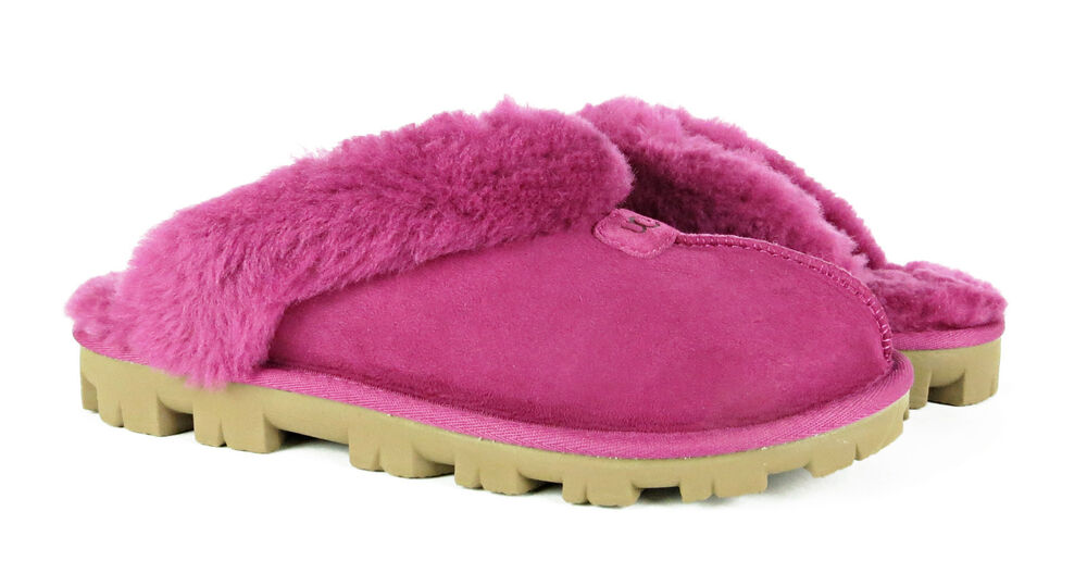 womens ugg slippers size 9