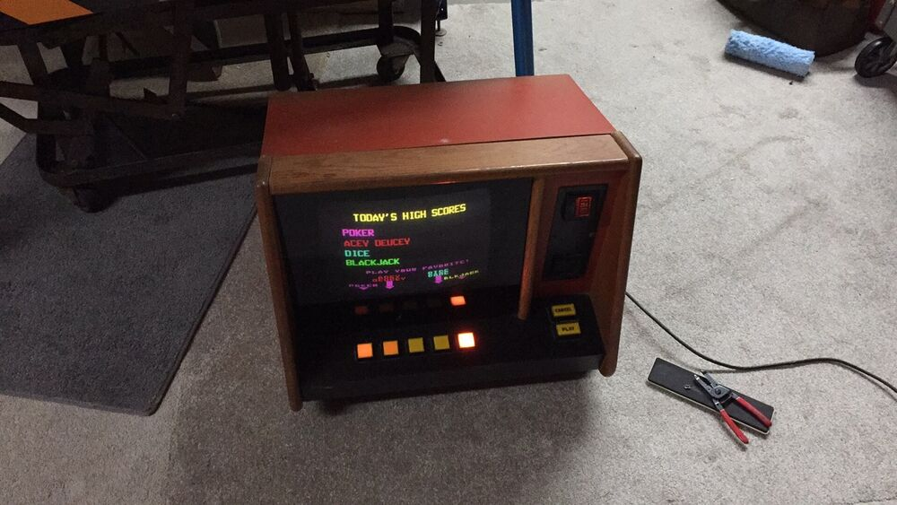 Vintage Coin Operated ARCADE Table Top Bar Machine ...