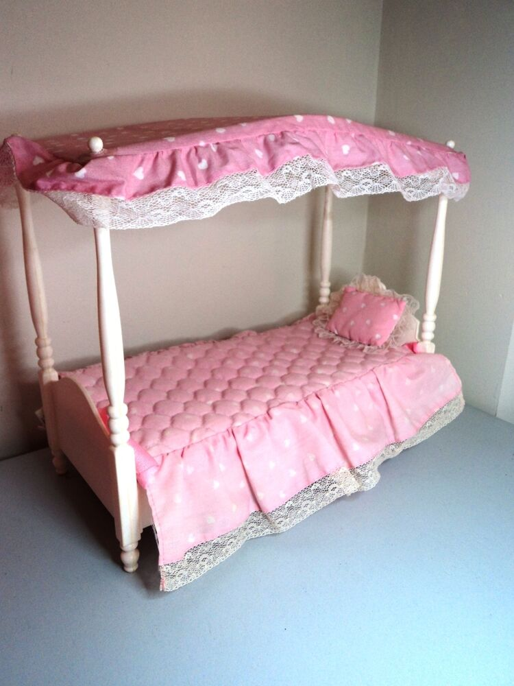 White four poster canopy bed mattel vintage barbie doll for White four post bed