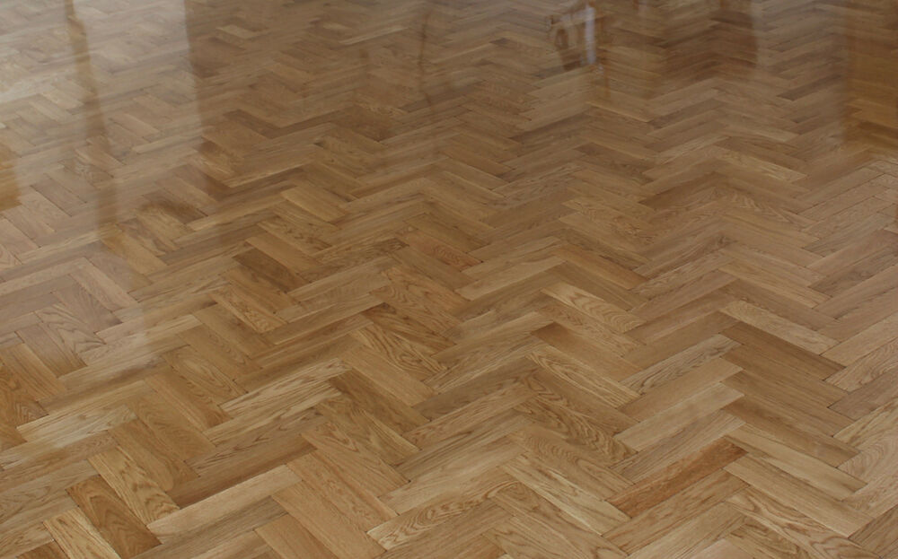 Tumbled Rustic Oak Parquet Flooring Blocks Satin Oil Finish Size 16x70x280mm