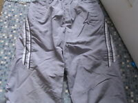BOYS PROTONIC 3/4 LENGTH GREY TROUSERS POLYESTER LARGE BOYS AGE 11/12 USED