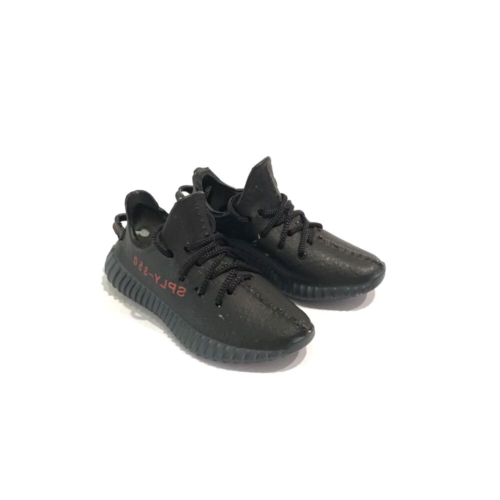 04e333c5d0d94 Details about madxo  3D mini sneaker YEE ZY BOOST 350 V2 BRED 1 6 action  figure adidas M47-02