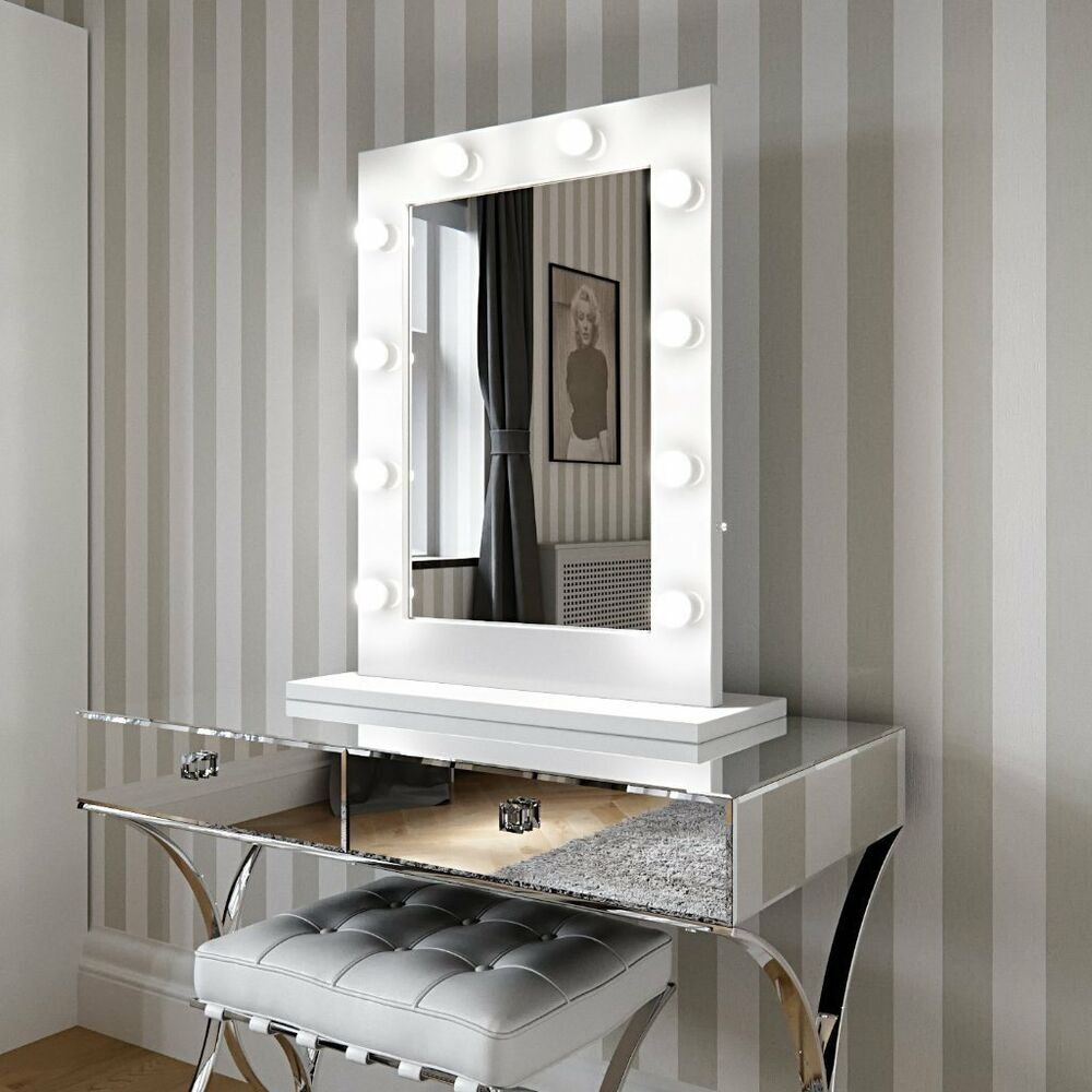 Hollywood Mirror White Gloss Illuminated Modern Dressing