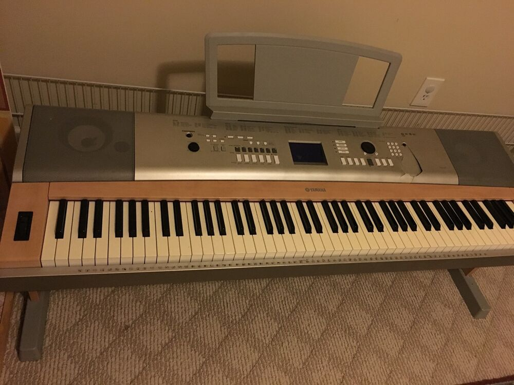 yamaha portable digital piano ypg 625 88 weighted keys plays great local pickup ebay. Black Bedroom Furniture Sets. Home Design Ideas