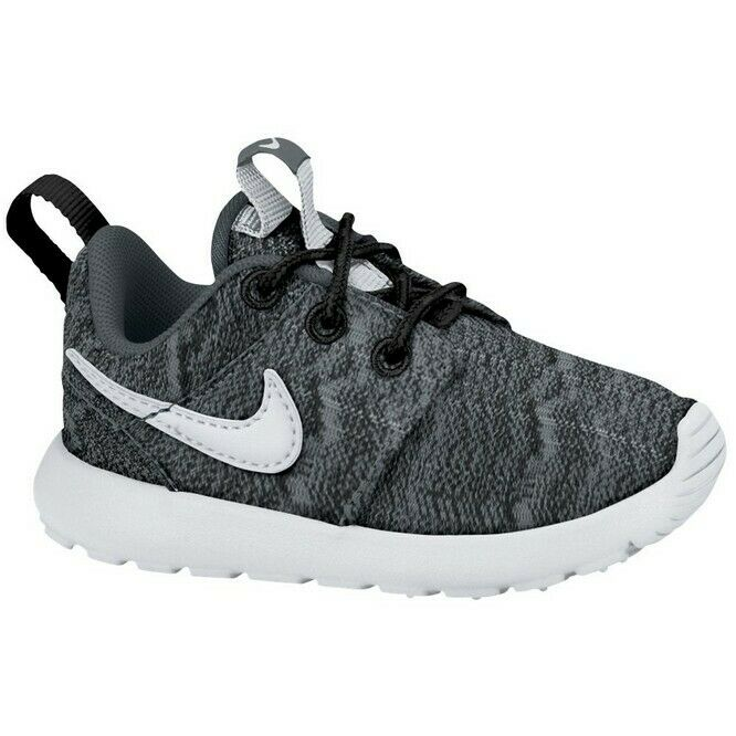 1f09a01fbd4c Details about Nike Junior Trainers Nike Roshe Run Kids Boys Trainers Sports  Running Shoes Grey